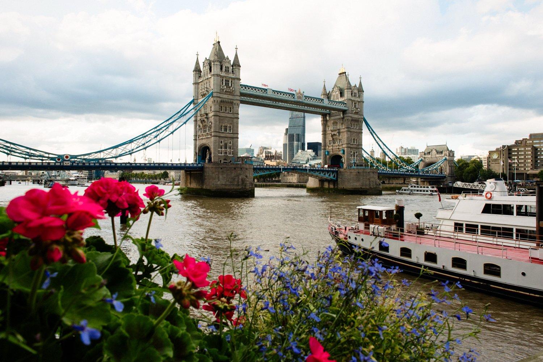 river thames and roast london bridge wedding-69