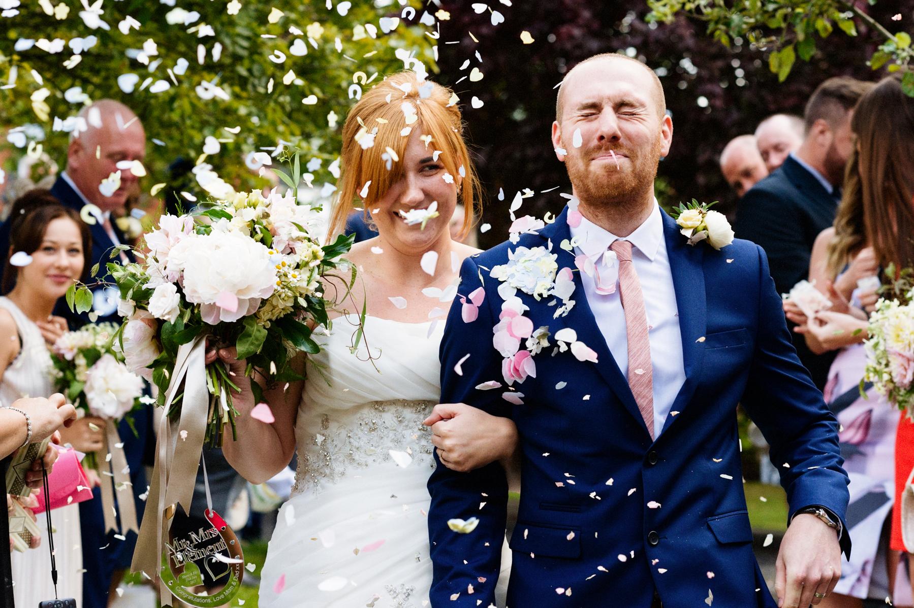 Birmingham wedding confetti shower