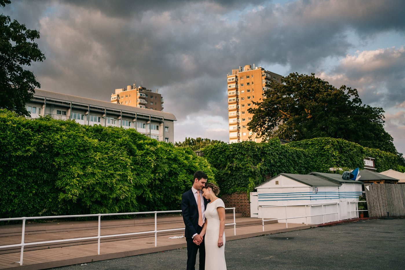 alternative wedding photographer brockwell lido