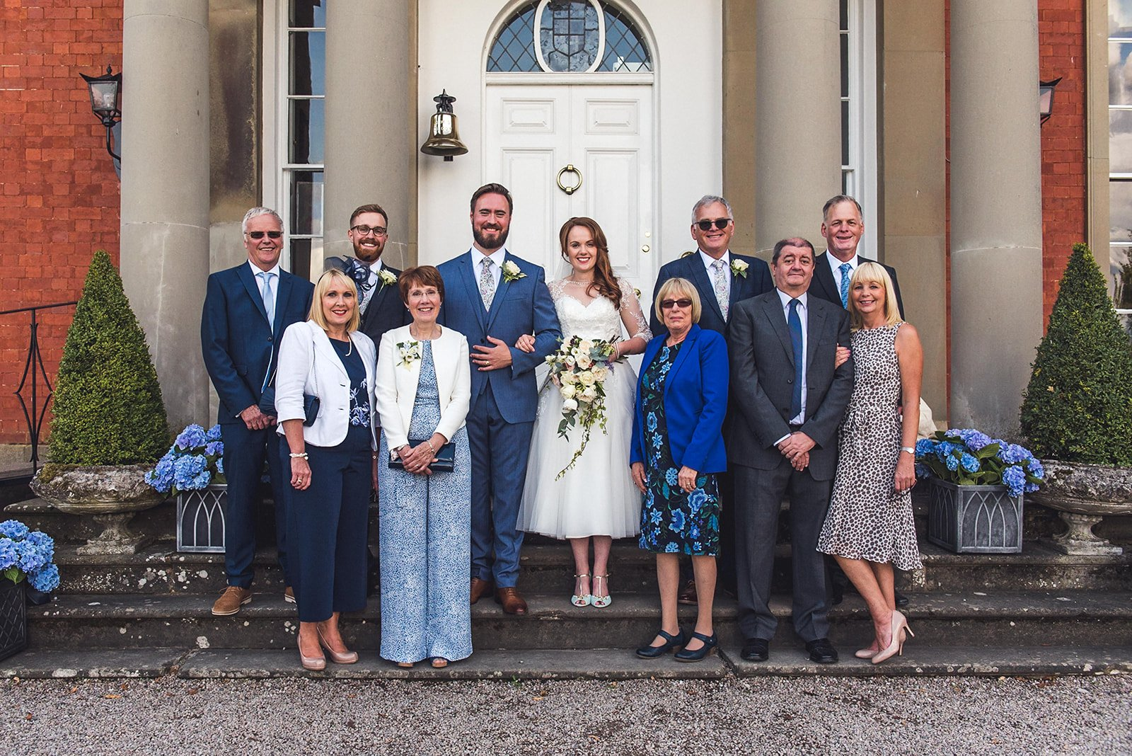 Large family group wedding photography group shots