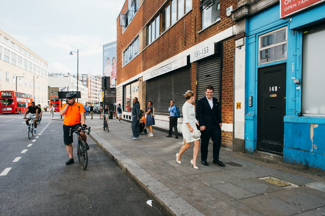 london elopement photography shoreditch wedding photographer-58