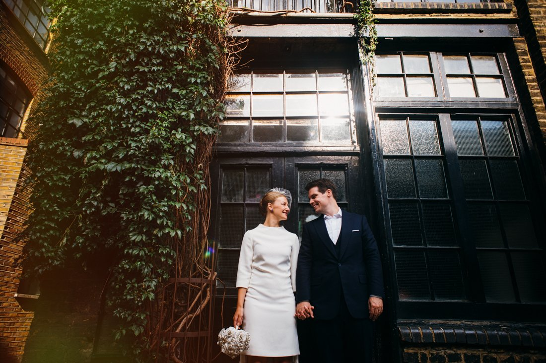 london elopement photography shoreditch wedding photographer-59