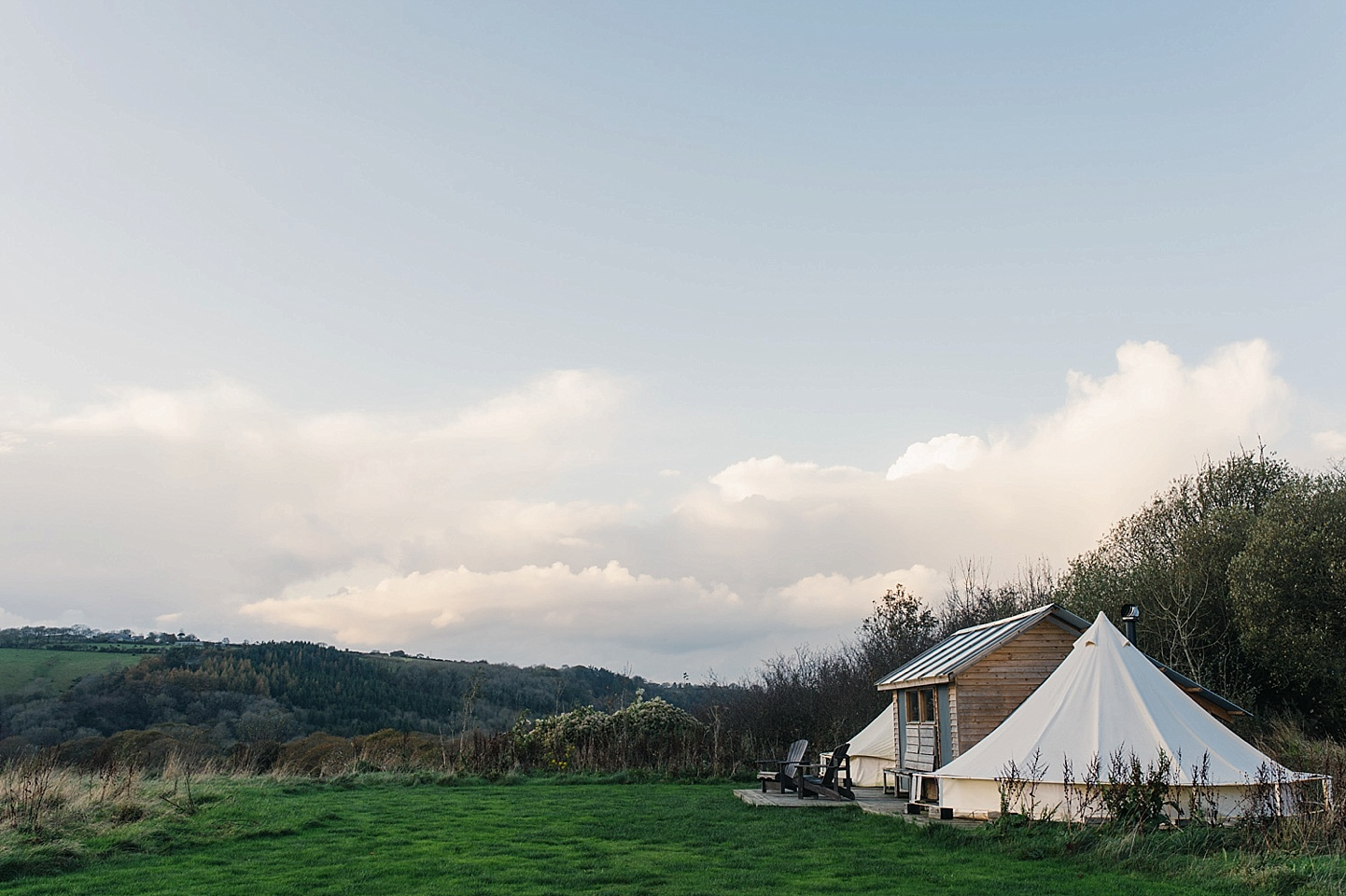 Rustic camping wedding venue in beautiful tipi in Welsh countryside - Fforest wedding photography - Wales alternative wedding photography (c) Babb Photo - alternative wedding photographer