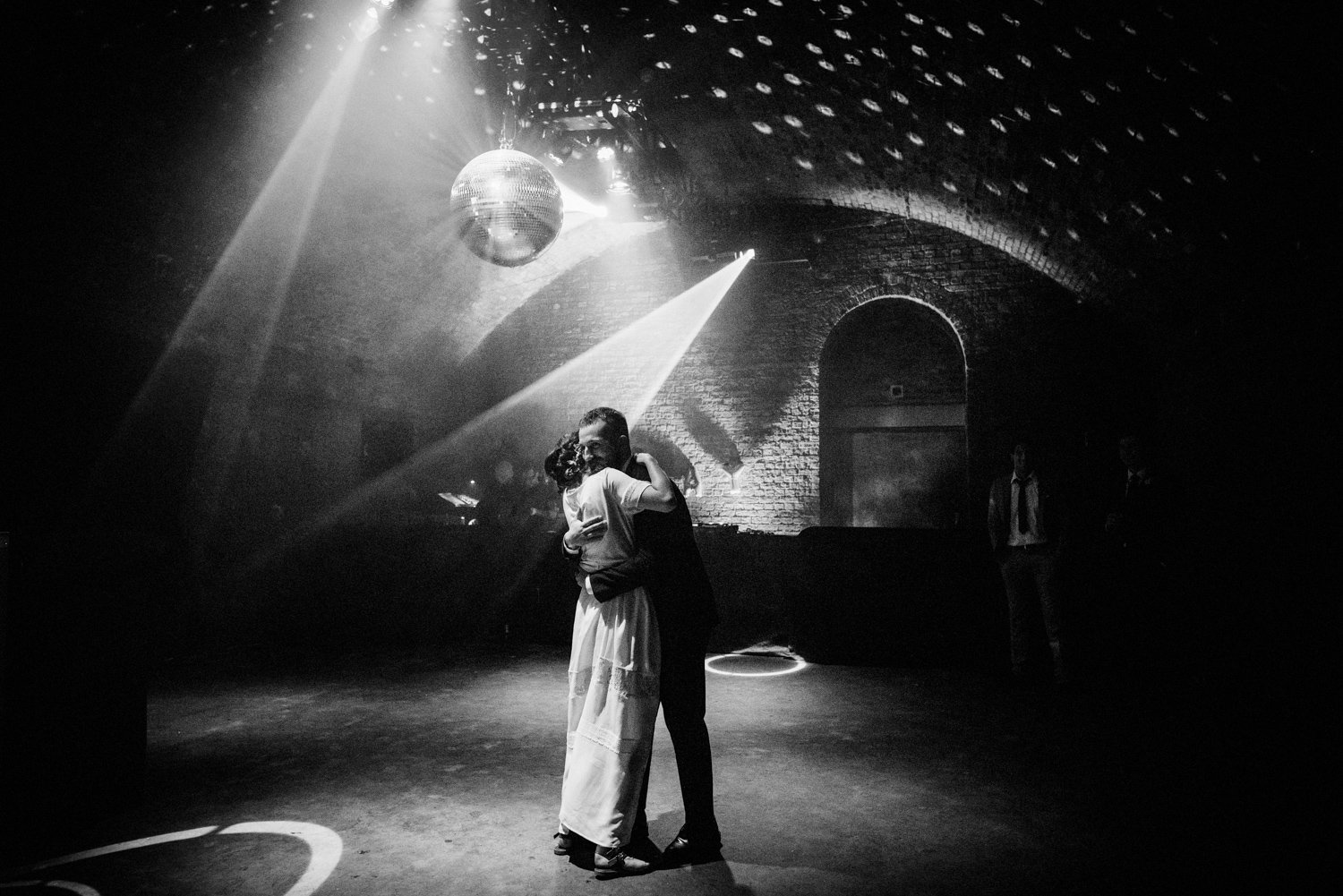 Stunning first wedding dance BABB Photo