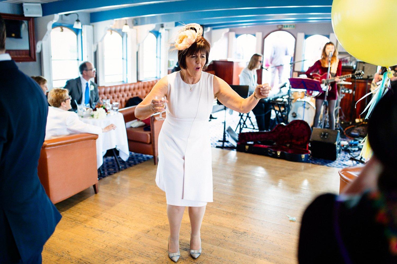 river thames and roast london bridge wedding-63