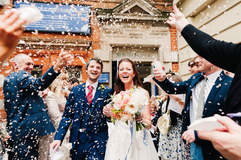 confetti wedding picture