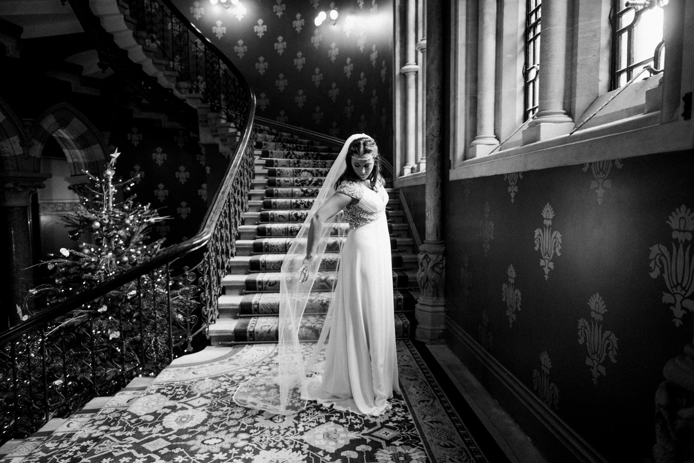 Jenny Packham bride with chapel length veil London