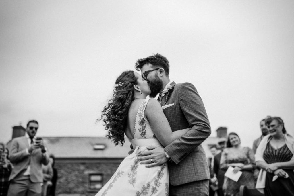LauraBabb30Rising Choosing a wedding photographer