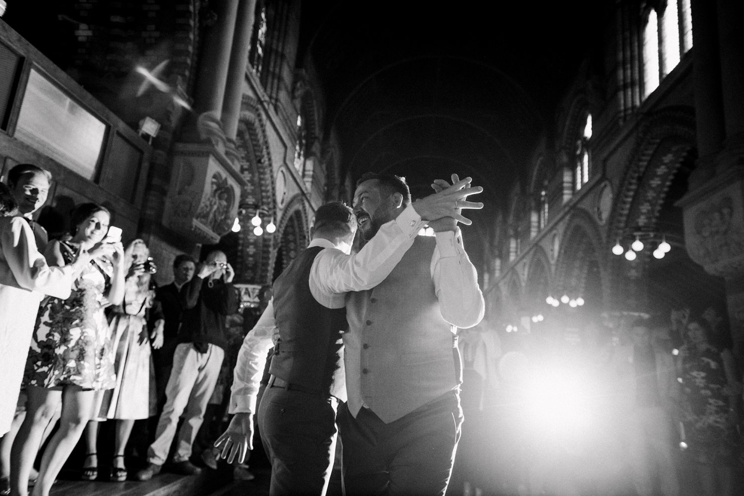 st-stephens-rosslyn-hill-wedding-photography-40