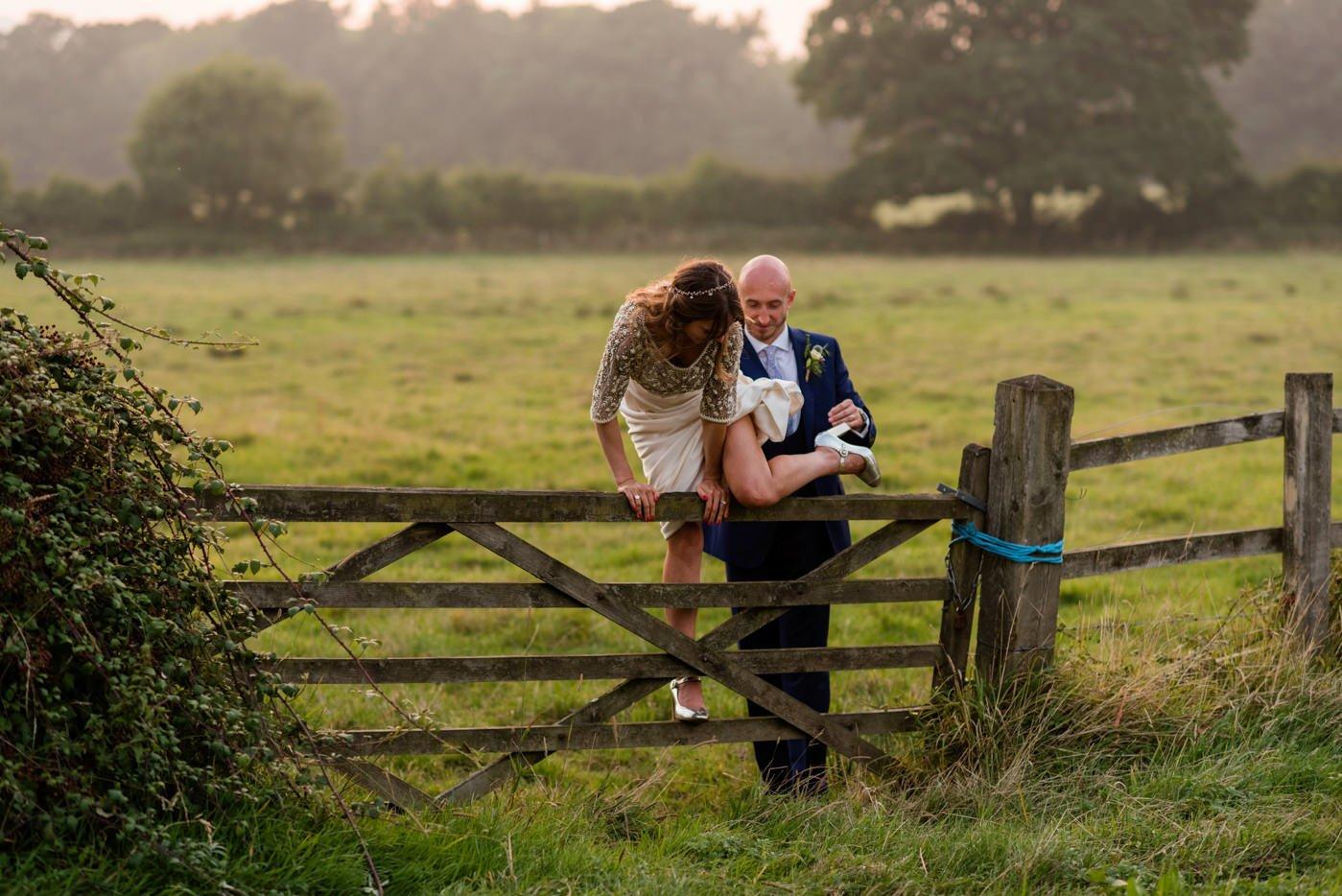 bignor-park-wedding-photography-robyn-and-tom-105