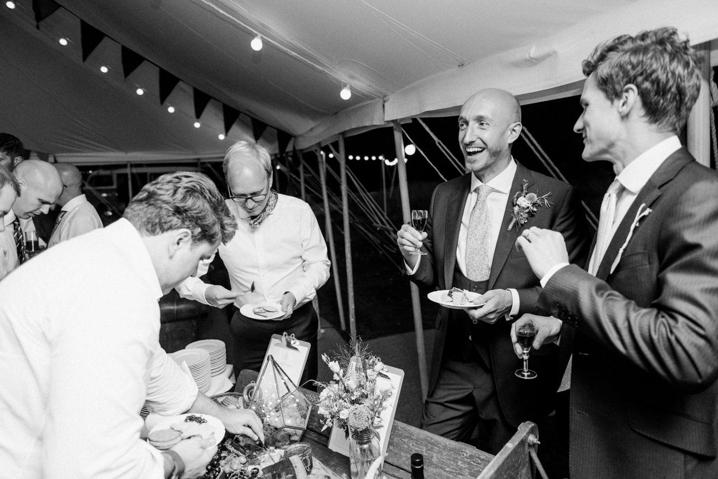 bignor-park-wedding-photography-robyn-and-tom-114