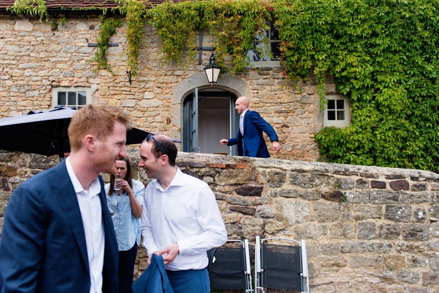 bignor-park-wedding-photography-robyn-and-tom-14