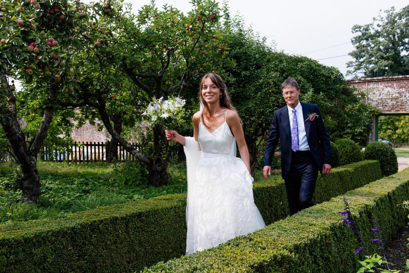 bignor-park-wedding-photography-robyn-and-tom-47