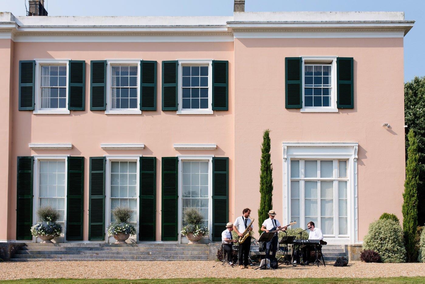 bignor-park-wedding-photography-robyn-and-tom-62