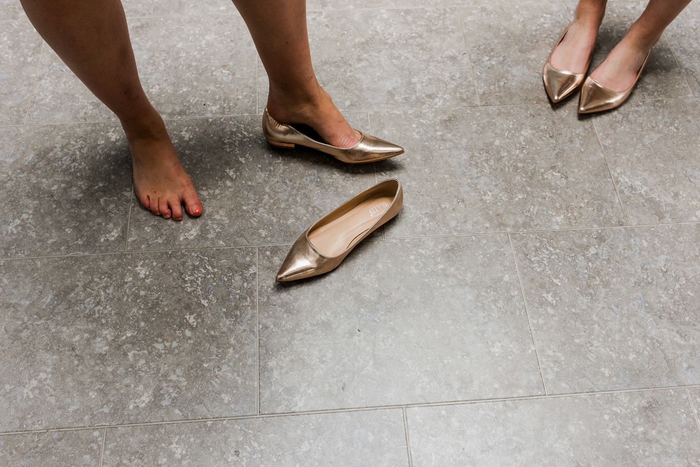 gold bridesmaids shoes paintworks wedding photographer