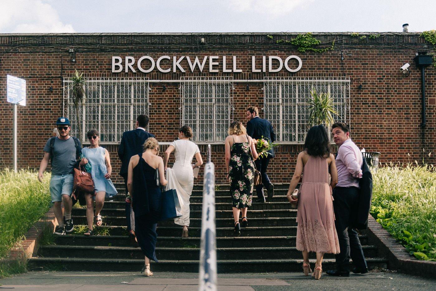 Art deco wedding venue London Reportage brockwell lido
