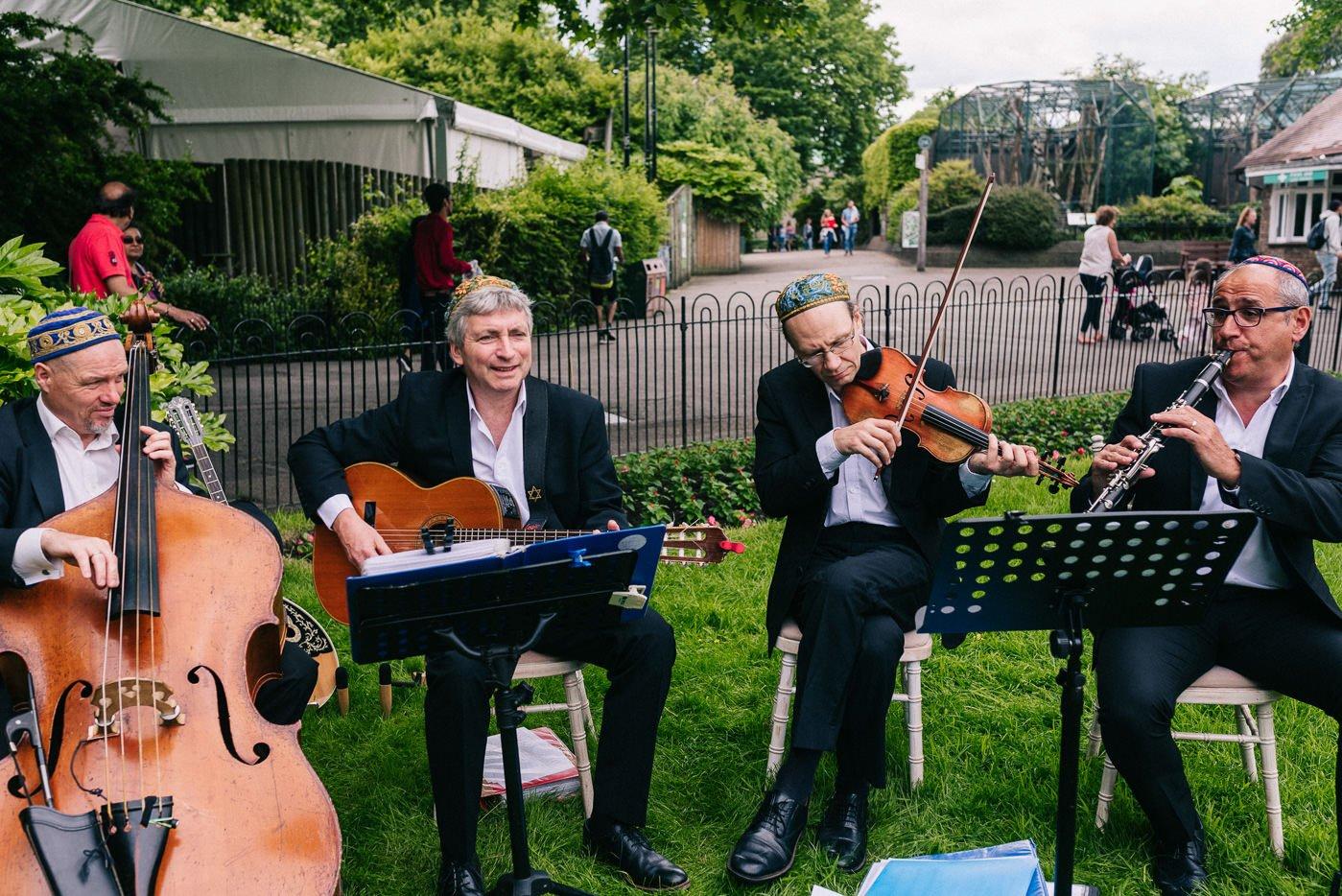 jewish wedding band london zoo wedding photographer