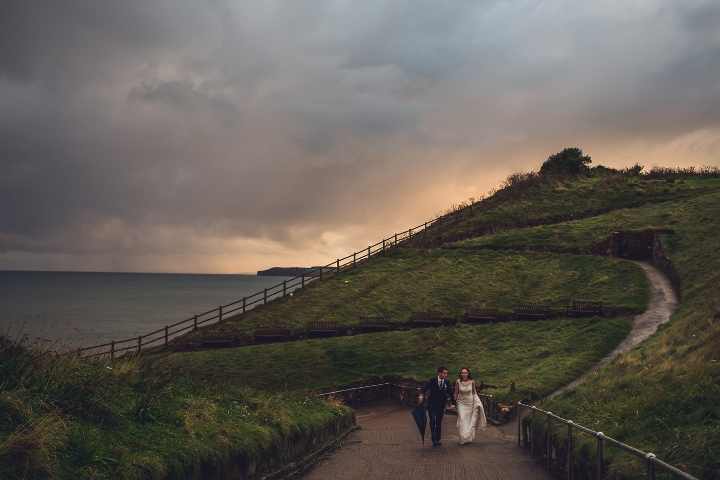 What happens if it rains at my wedding? Tips for making the most of a rainy wedding day