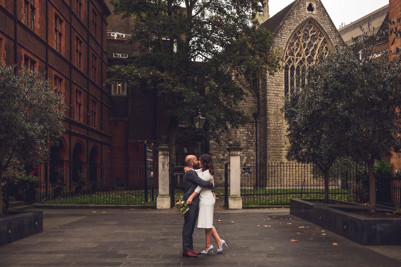 classic london elopement