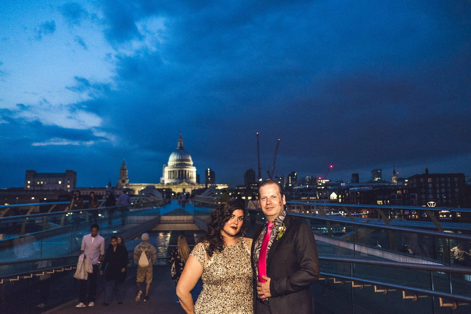 Couple at night in front of St Pauls bankside wedding