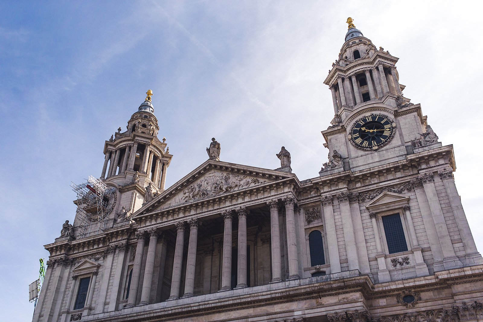 Alternative wedding photographer St Pauls Cathedral