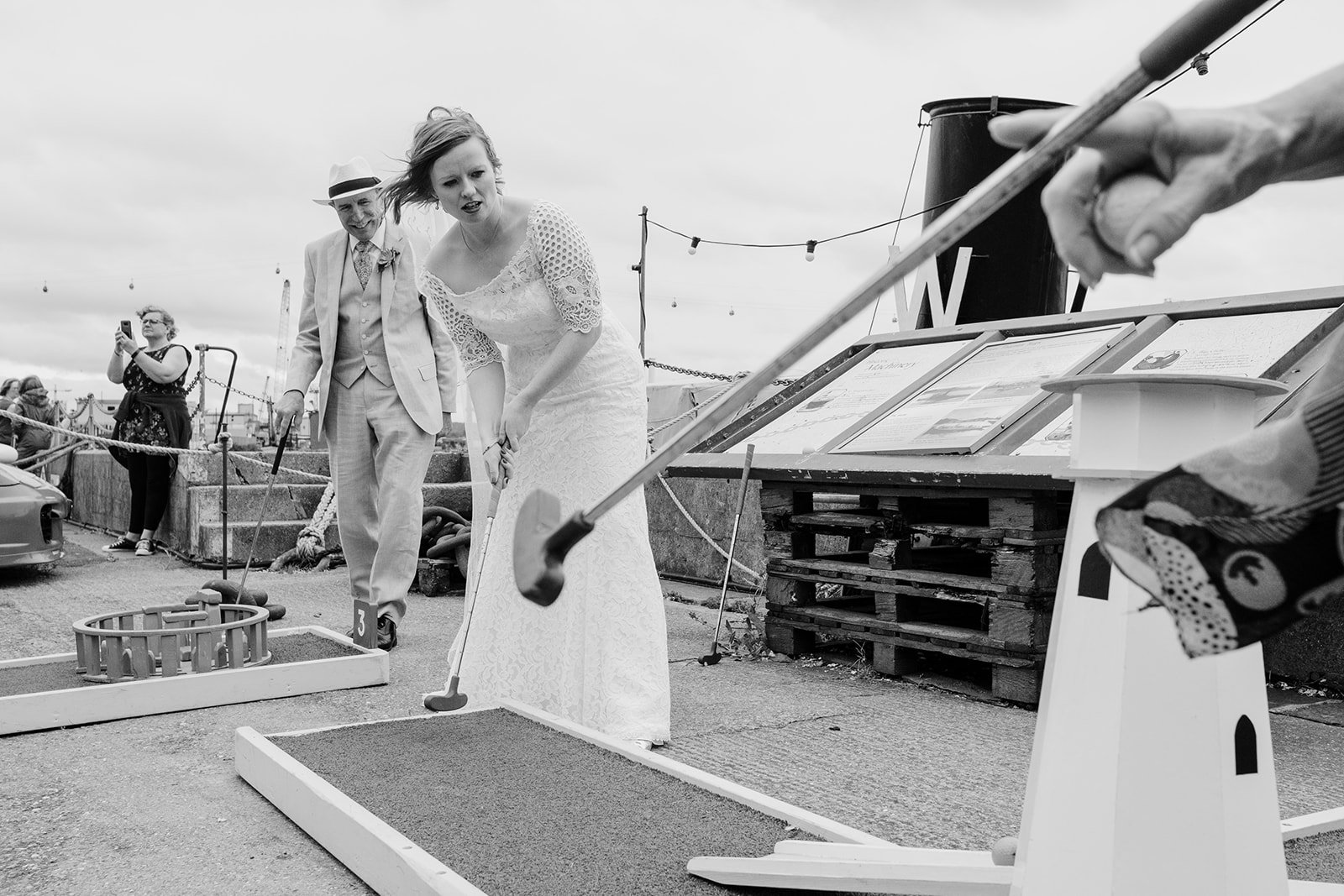Mini golf wedding entertainment